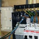 dubbele wandcontactdoos aanleggen in de meterkast voor modem